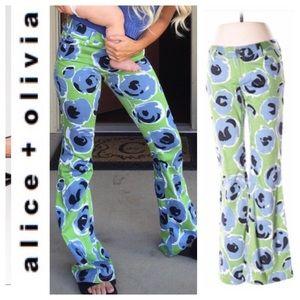 NWOT Alice & Olivia Poppy Flare Leg Pants. Size 0